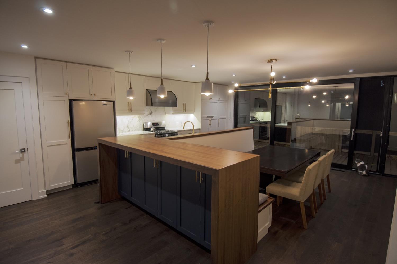 70 Manor_Kitchen View 3