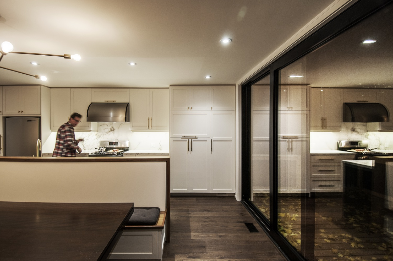 70 Manor_Kitchen View